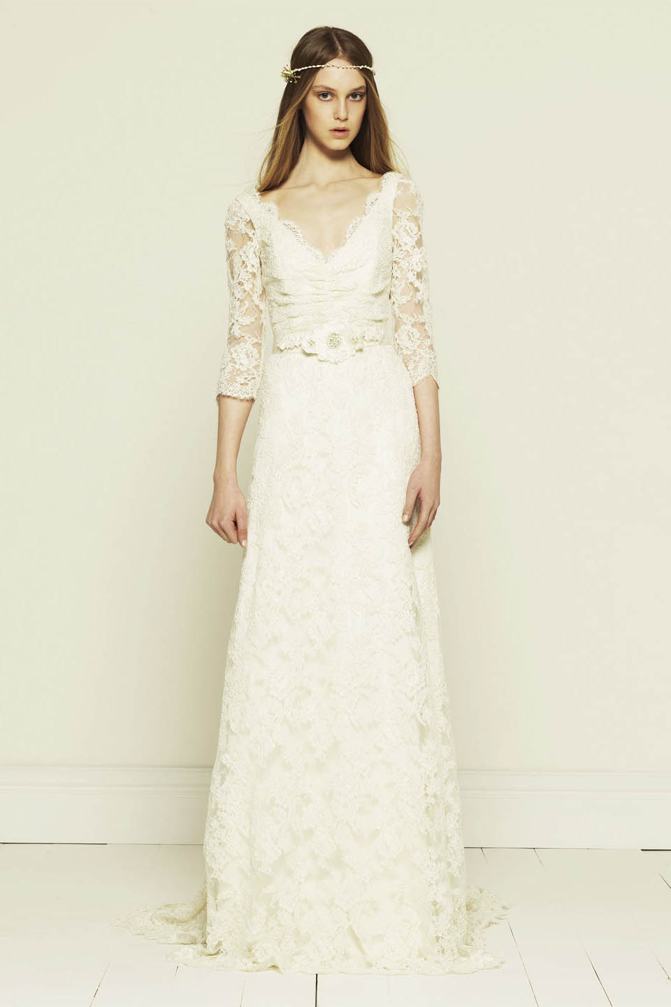 Long lace dress dressed up girl for Long sleeve white lace wedding dress