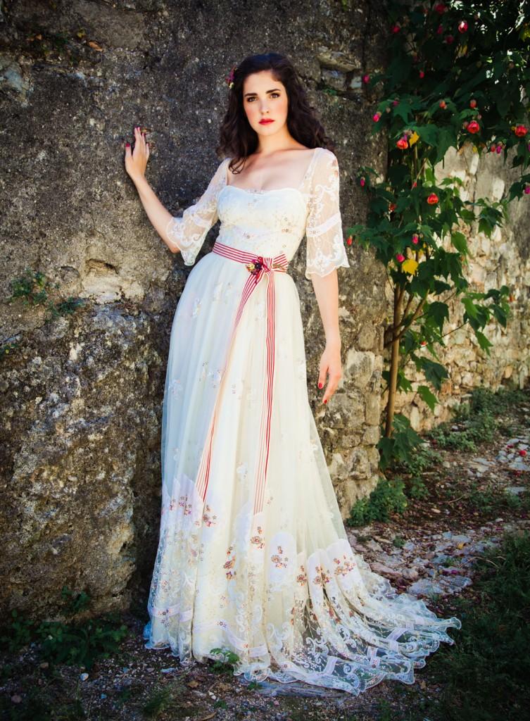 German dirndl wedding dress hot girls wallpaper for Wedding girl dress up
