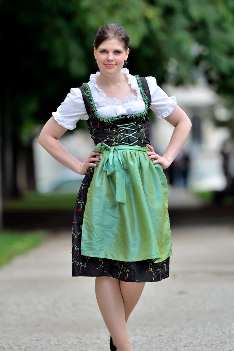 dirndl dress dressed up girl