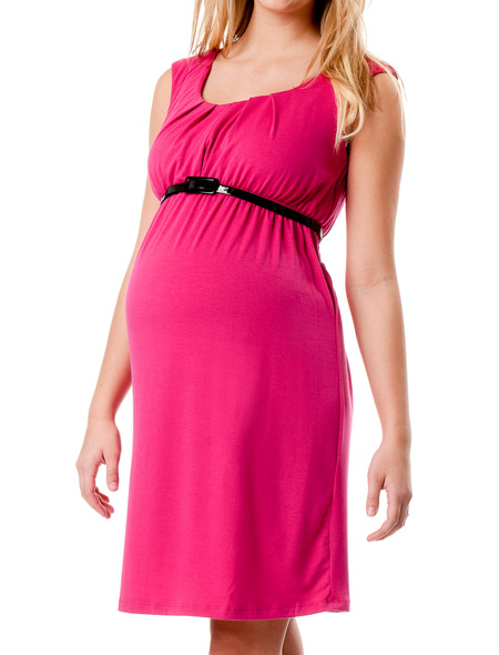 Browse little black maternity dresses, pretty blue maternity dresses and bold red maternity dresses as well as a variety of other stunning shades. Discover pretty lace details, bright and modern florals and classic wrap maternity dresses as well as hi-low hems, maternity maxi dresses and geometric swing dresses.