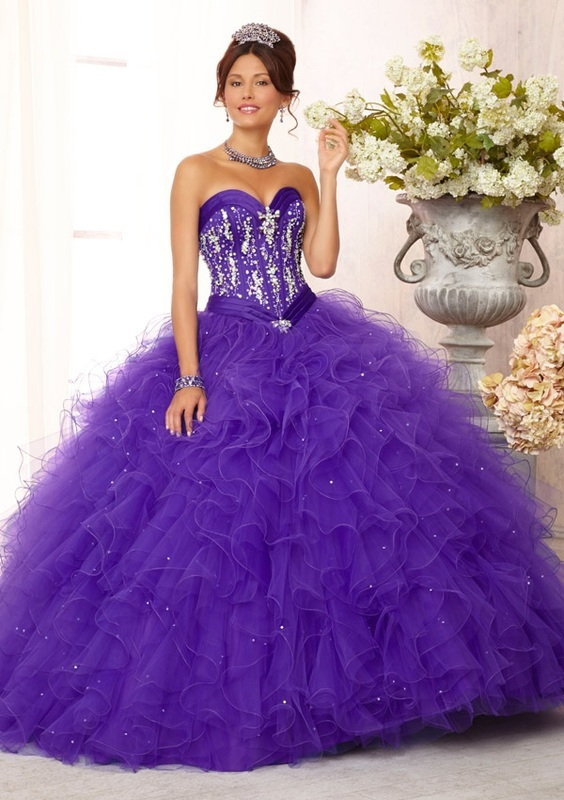 White and purple dresses for quinceaneras