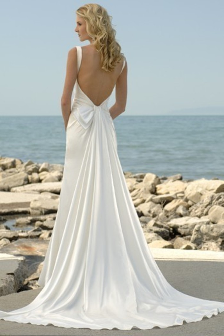 Fashion style Low beach back wedding dresses for girls