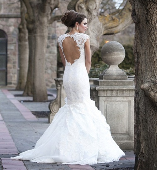 Vintage Wedding Dresses Toronto: Backless Wedding Dresses