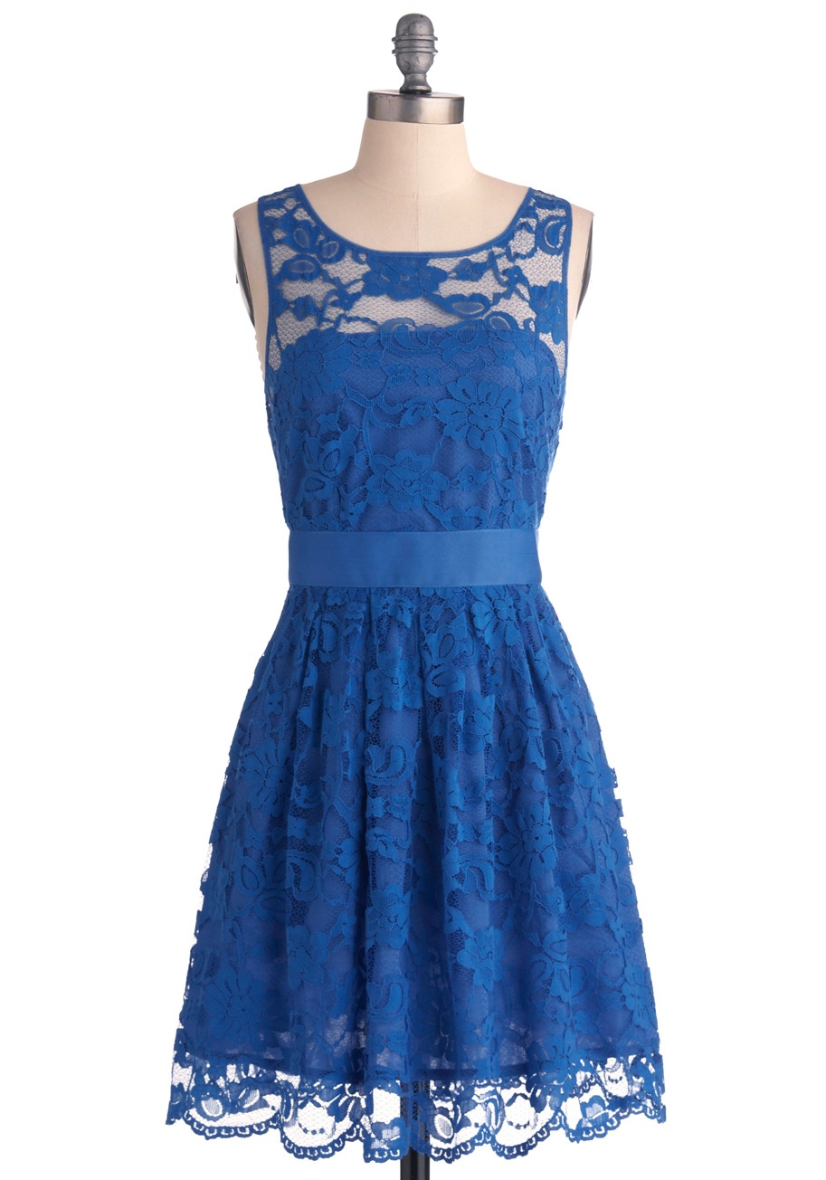 Blue lace dress dressed up girl for Short blue wedding dresses