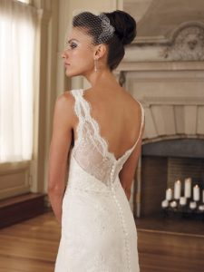 Lace Backless Wedding Dresses
