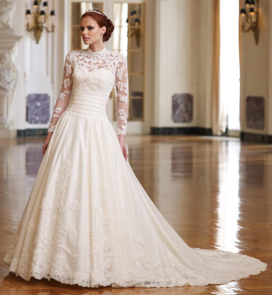 Lace wedding dress dressed up girl for Wedding girl dress up