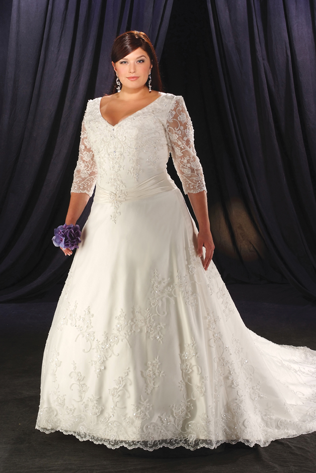 Plus size wedding dresses dressed up girl for Plus size lace wedding dresses with sleeves
