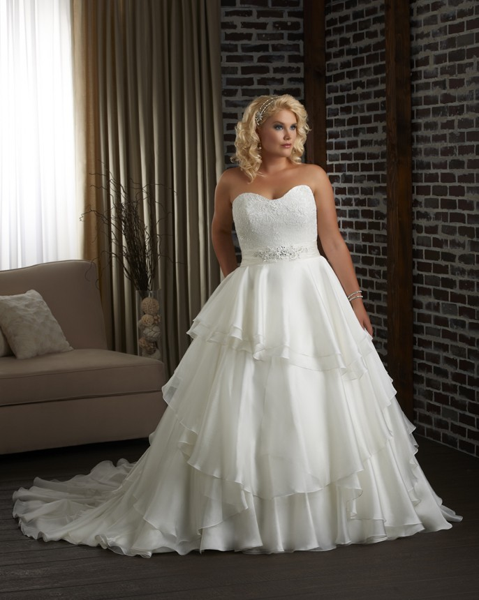 plus size ball gown wedding dresses plus size wedding dresses dressed up 6652