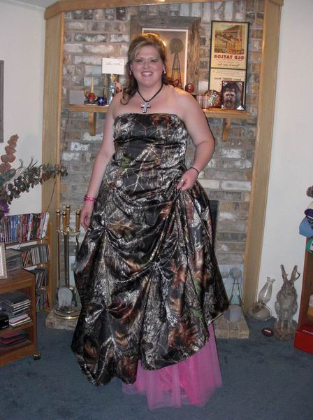 Plus Size Wedding Dresses | DressedUpGirl.com