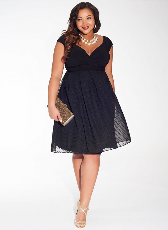 a0b4fe2feb Plus Size Holiday Dresses | DressedUpGirl.com