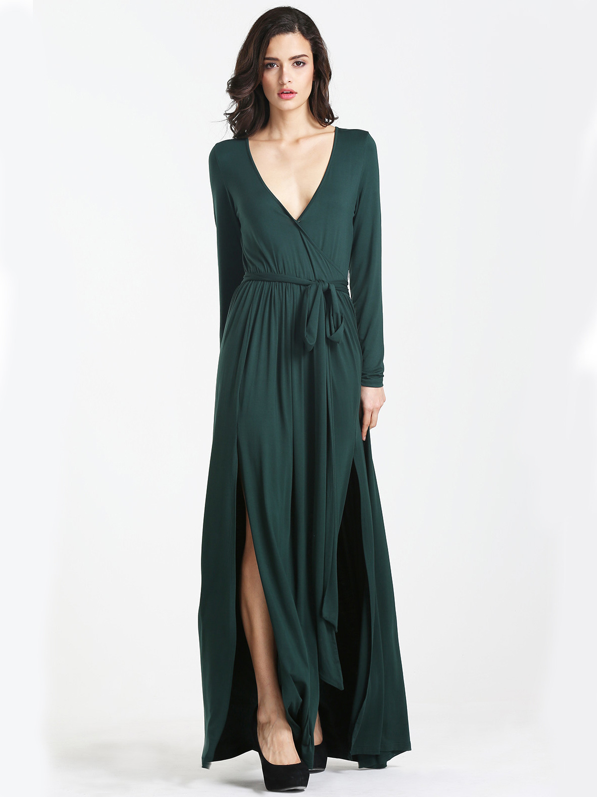 New dresses alert! Yep, we've got you covered for all your special events with maxi dresses from our newest collection. Want to upgrade your wardrobe? Just click to shop.