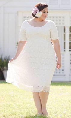 Plus Size Wedding Dresses with Sleeves | DressedUpGirl.com
