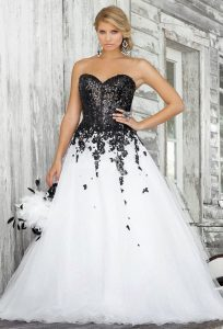 Blck and White Bridesmaids Dresses