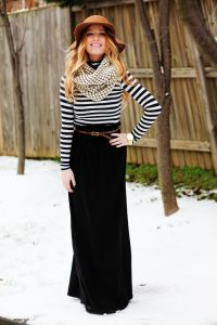 Long Black Maxi Skirt Pictures
