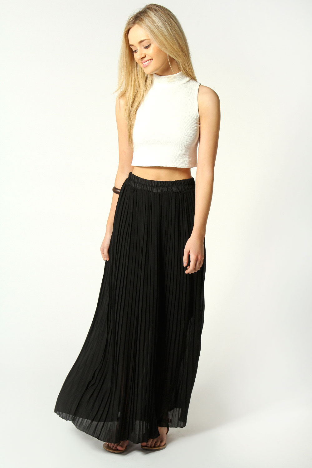 long black maxi skirt dressed up girl