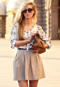 Beige Skirt Outfit