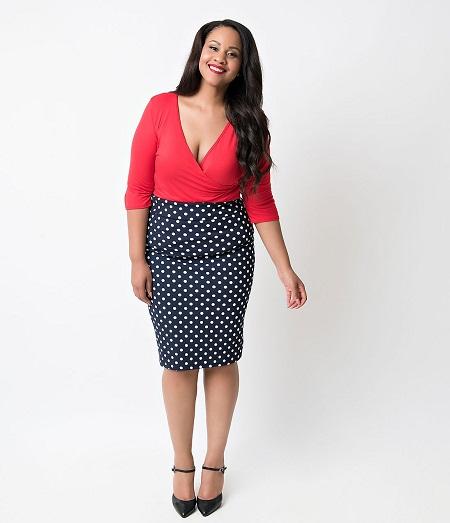 stretch pencil skirt dressed up