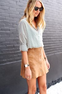 Tan Skirt Outfit