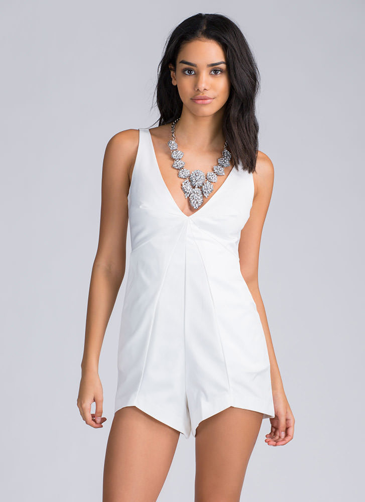 Shop juniors jumpsuits & rompers at dolcehouse.ml Discover a stylish selection of the latest brand name and designer fashions all at a great value.