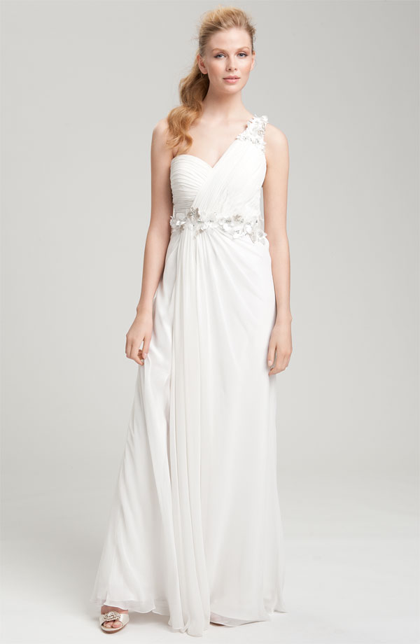 Grecian gown dressed up girl for Grecian goddess wedding dresses