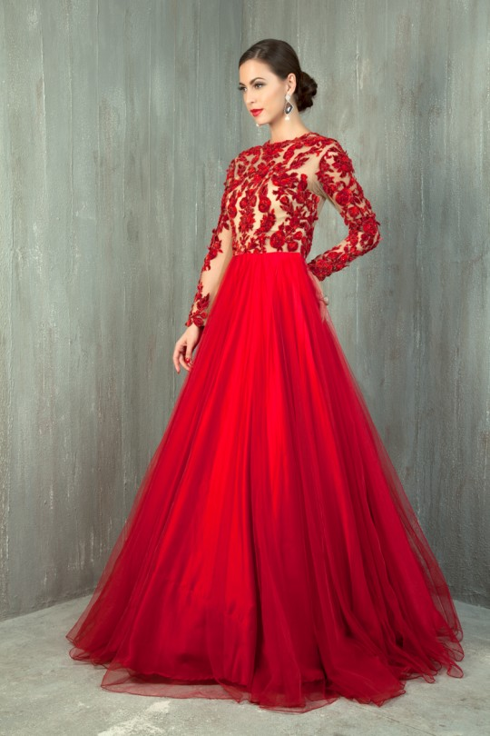 Indian gowns dressed up girl for Design wedding dress online