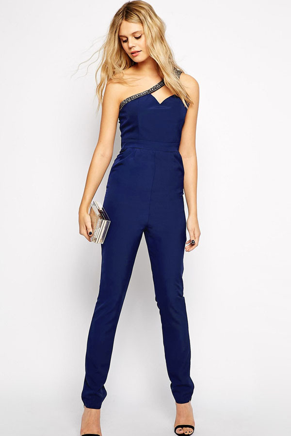 Blue Jumpsuits for Women A blue jumpsuit is a one-piece garment made in different ways. The jumpsuit is a comfortable garment because it is loose-fitting .