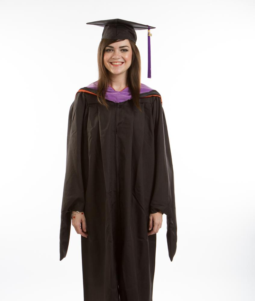 How To Wear A Cap And Gown For Graduation - Sqqps.com