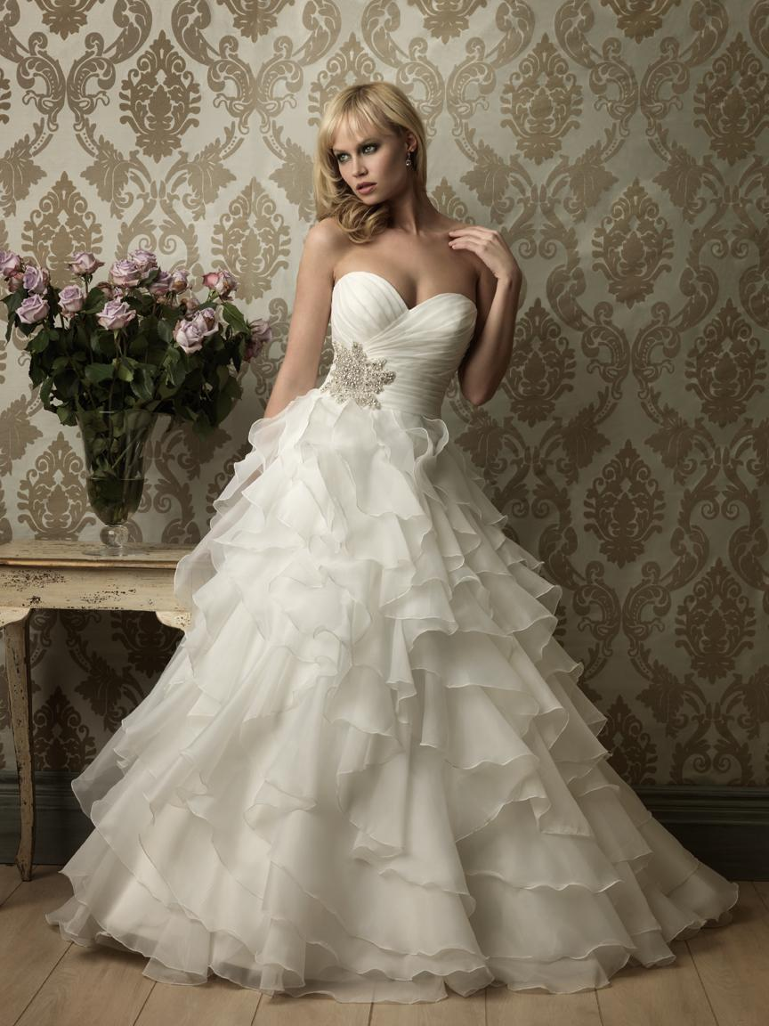 modern victorian wedding gowns victorian wedding dress Victorian Wedding Gown