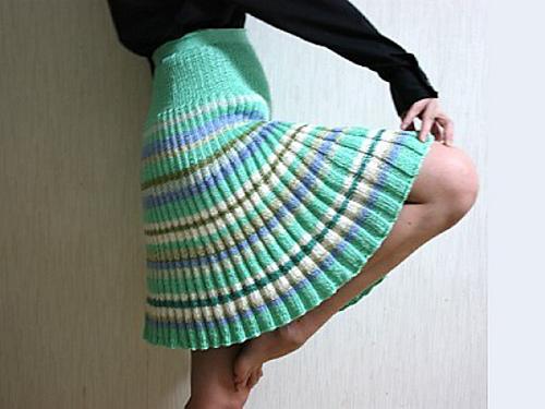 Knitting Skirt Girl : Winter skirts dressed up girl